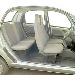 tata nano une vraie voiture 4 places pour 1740 univers nature actualit environnement. Black Bedroom Furniture Sets. Home Design Ideas